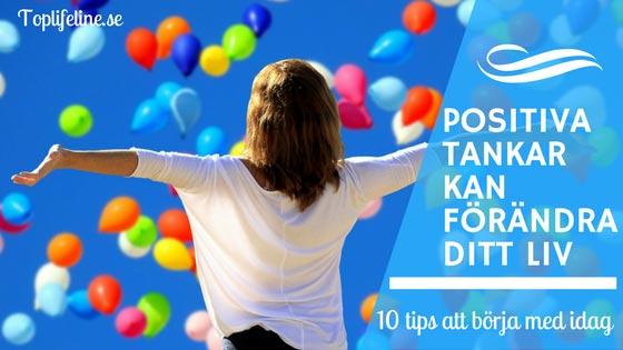 Positiva-tankar kvinna med ballonger