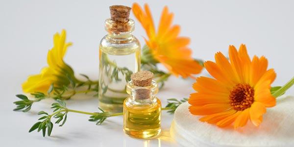 olja och blommor Eterisk olja förkylning